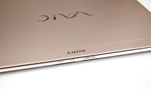 Тонкие, легкие, имиджевые ноутбуки Sony Vaio X приходят в Россию