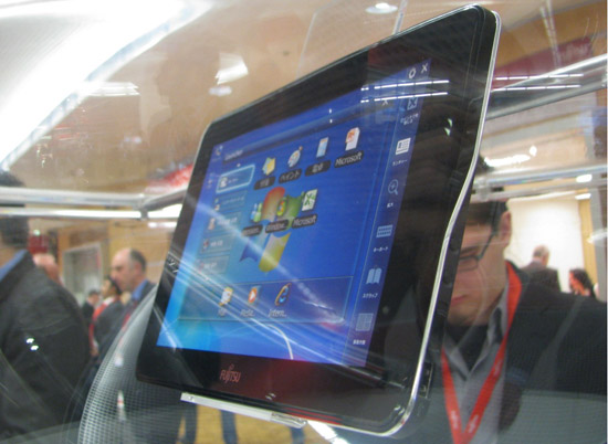 Fujitsu представила 10-дюймовый планшет