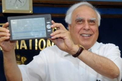 Индийские умельцы сделали планшетник всего за 65 баксов